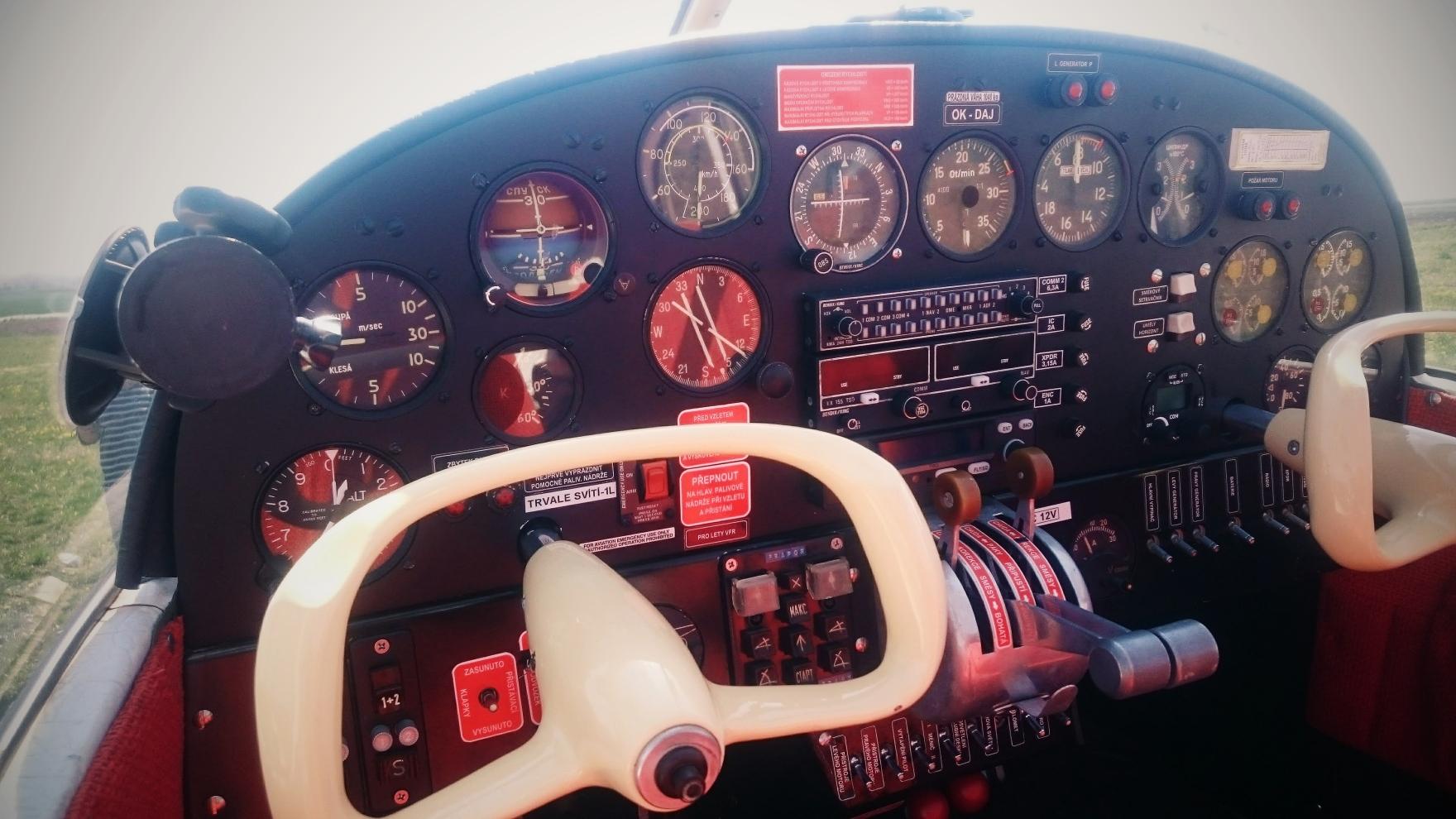Airwine_aeroae145